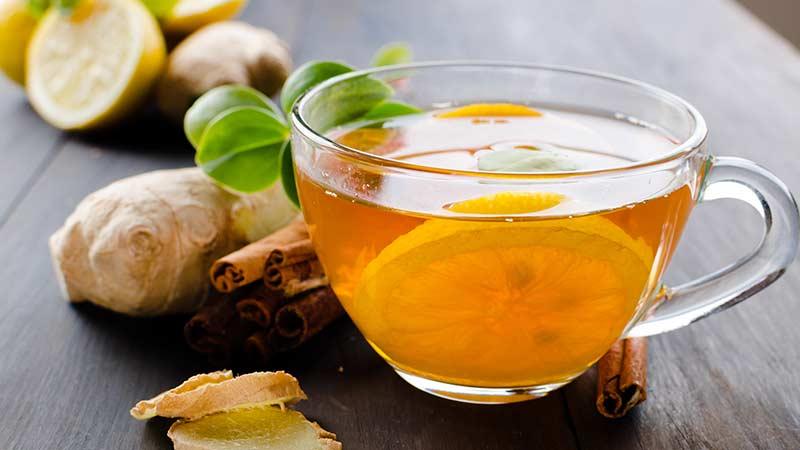 чай с корицей, медом и лимоном