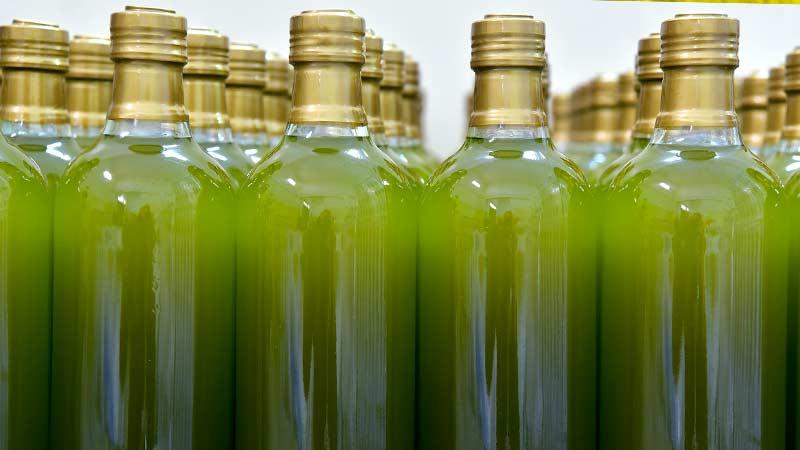 Рапсовое масло в бутылкаъ
