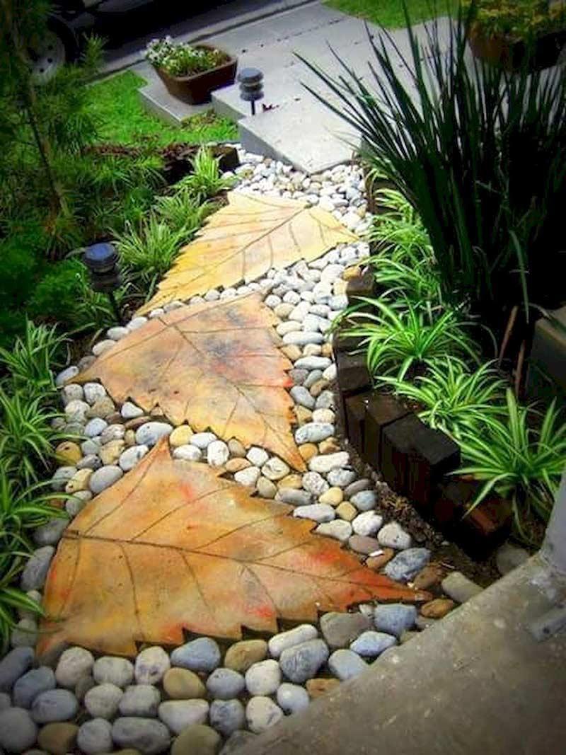 А ещё из бетона можно отливать различные формы