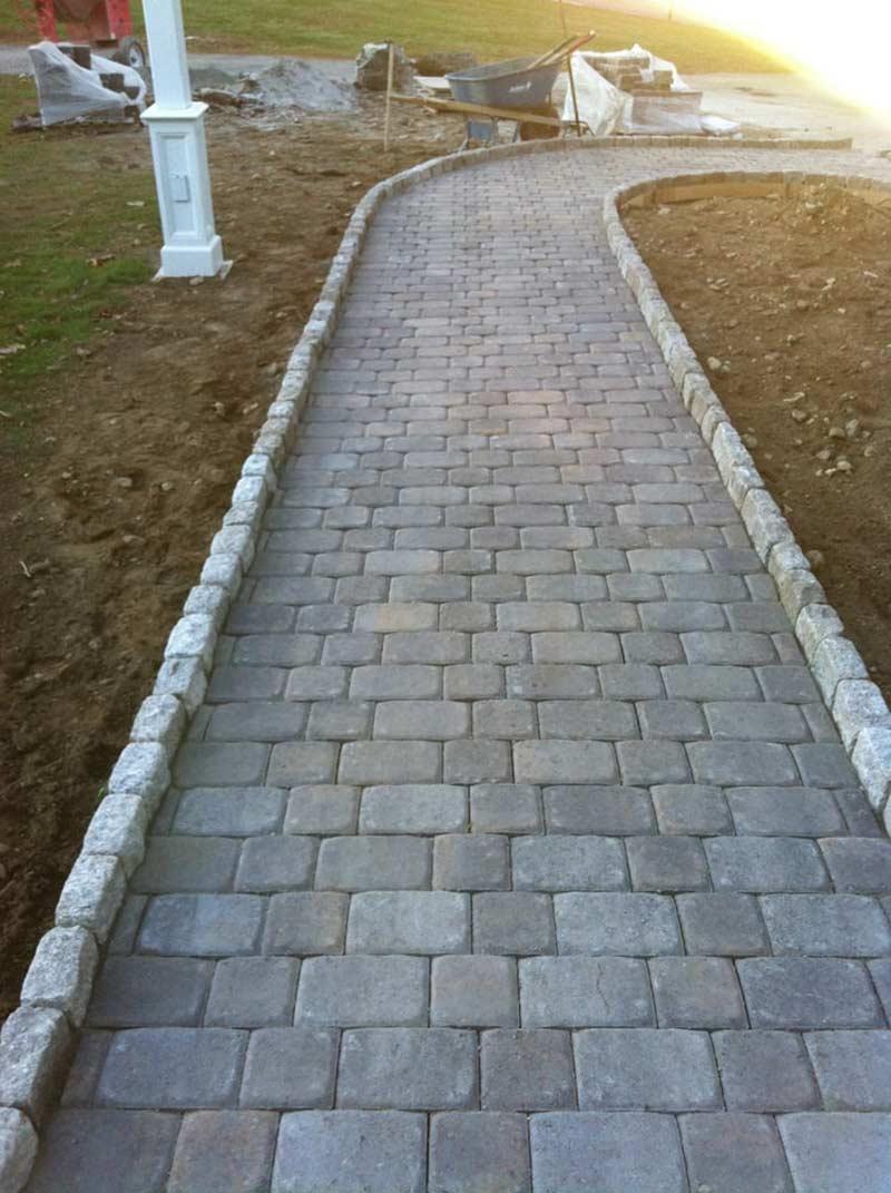 Тротуарная плитка, которая очень похода на природный камень